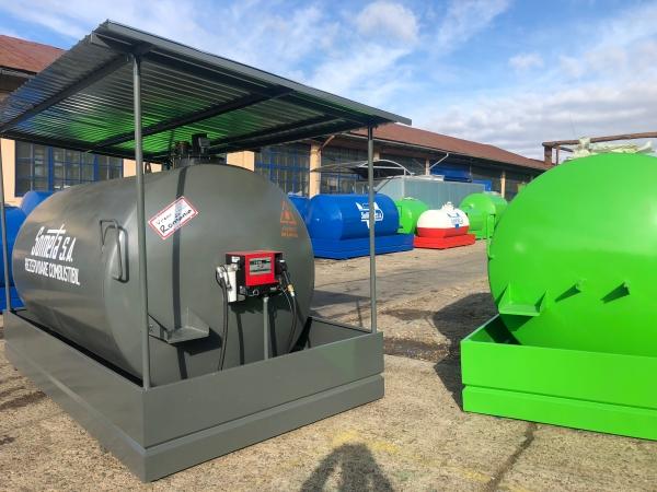 Rezervor suprateran 9000 litri cu copertină și pompă CUBE 56 2