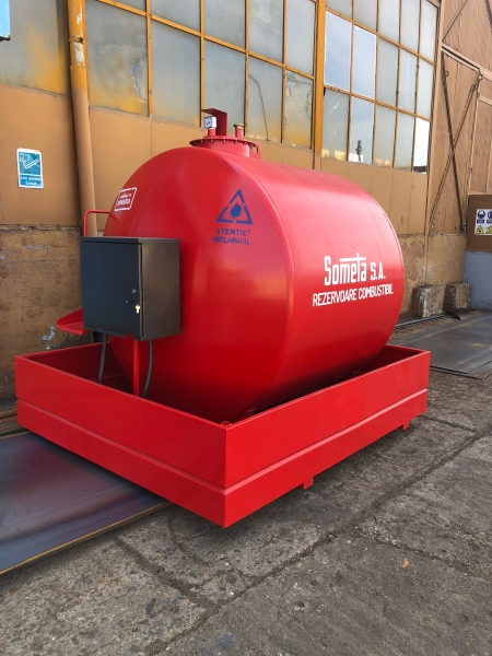 Rezervor suprateran 5000 litri cu pompă ST BOX 4