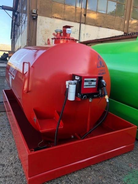 Rezervor suprateran 5000 litri cu cuva 1