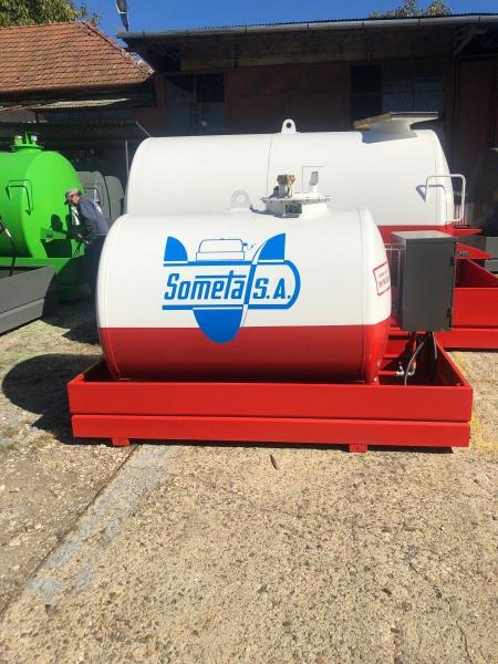 Rezervor suprateran 2000 litri pompa ST BOX - alb-rosu 1