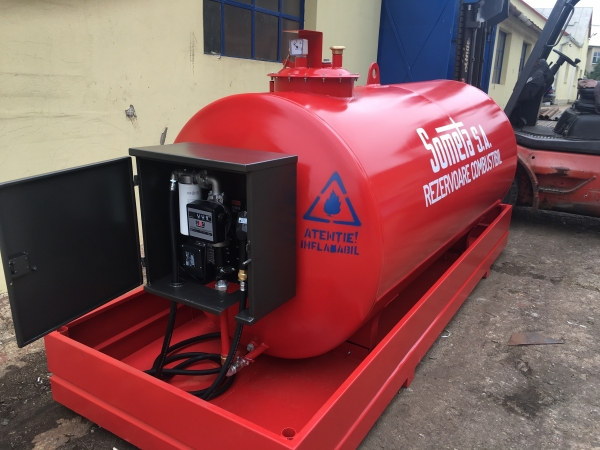 Rezervor suprateran 3000 litri cu pompă ST BOX 2