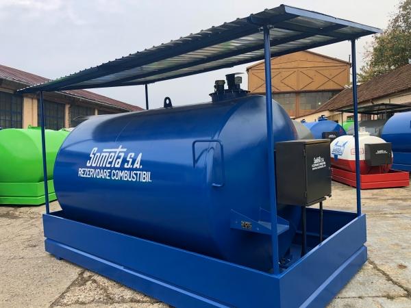 Rezervor suprateran  9000 litri cu copertină și pompă ST BOX 2