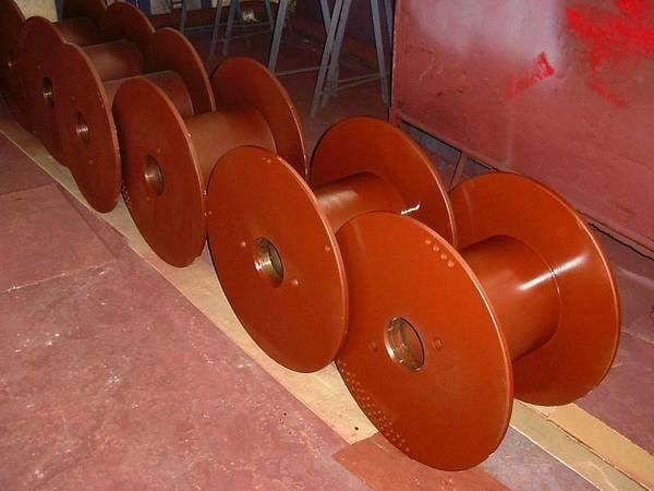 Tamburi metalici si bobine pentru infasurare conductori, cabluri si sarme 4