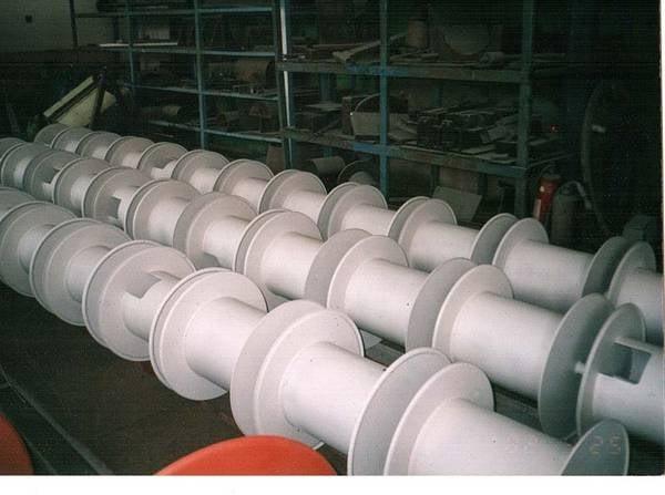 Tamburi metalici si bobine pentru infasurare conductori, cabluri si sarme 13