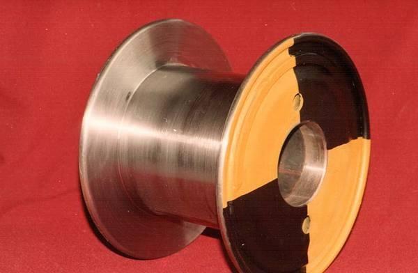 Tamburi metalici si bobine pentru infasurare conductori, cabluri si sarme 8