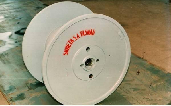 Tamburi metalici si bobine pentru infasurare conductori, cabluri si sarme [16]