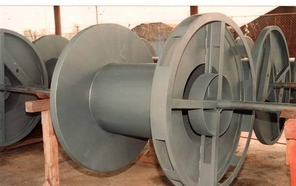 Tamburi metalici si bobine pentru infasurare conductori, cabluri si sarme 15