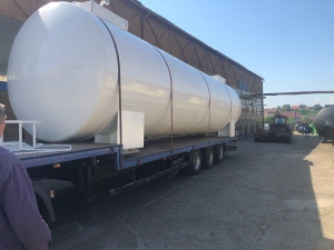 Rezervor suprateran cu pereti dubli  50000 litri5
