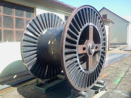 Tamburi metalici si bobine pentru infasurare conductori, cabluri si sarme25