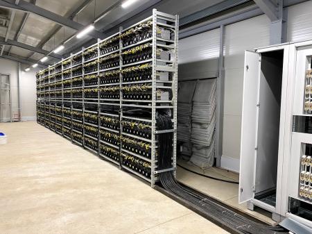 Gazduire aparate de minat bitcoin sau alte monezi7