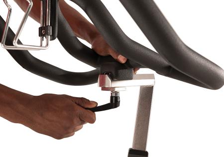 Bicicleta fitness indoor cycling Matrix ES80 [3]