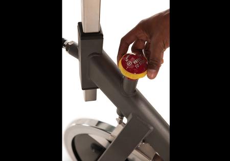 Bicicleta fitness indoor cycling Matrix ES80 [4]