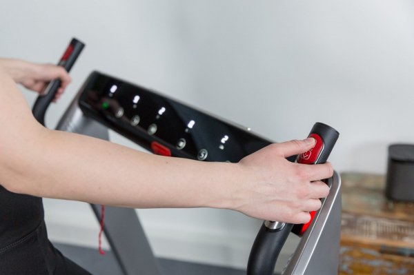 Banda de alergare pliabila DTM400i Flow Fitness [1]