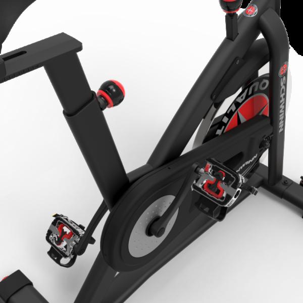 Bicicleta indoor cycling IC7 Schwinn 6