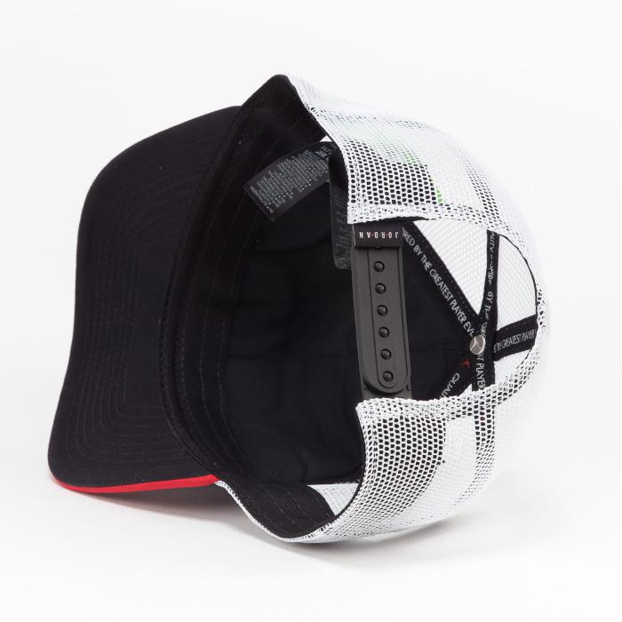 Jordan Clc99 Jm Air Trkr Cap 1