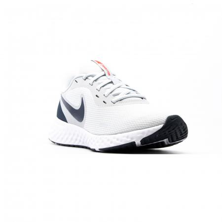 Nike Revolution 5 [2]