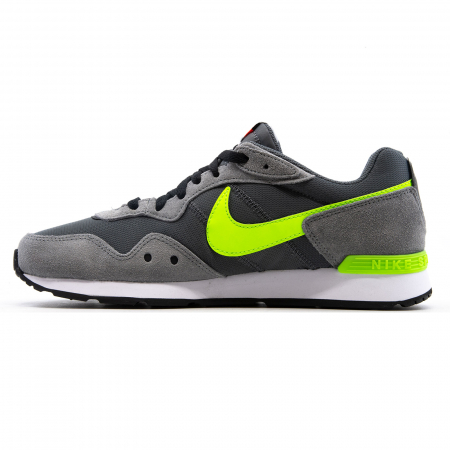 Nike Venture Runner1