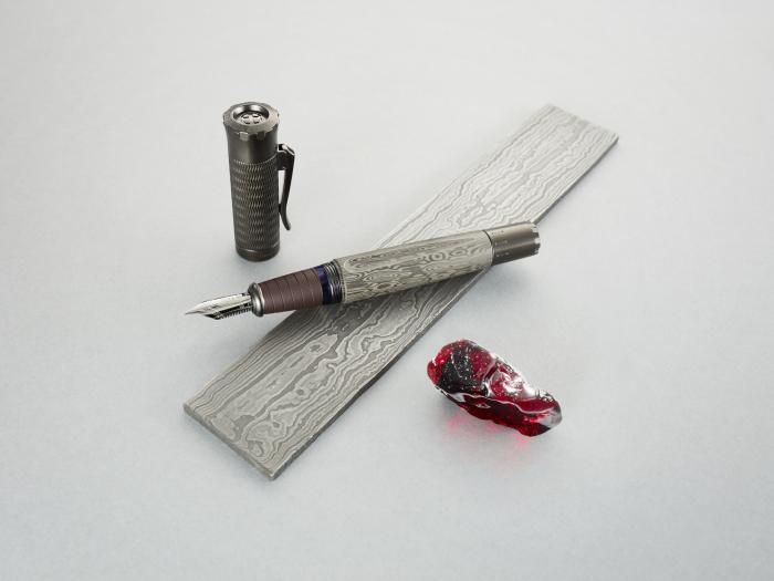 Pen of the year 2021 Graf Von Faber-Castell 6