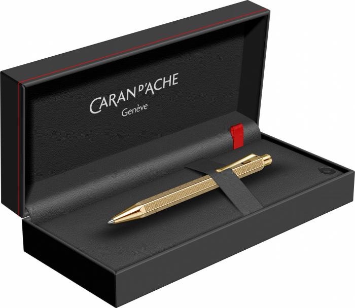 Pix Ecridor CHEVRON GT Caran d'Ache [6]