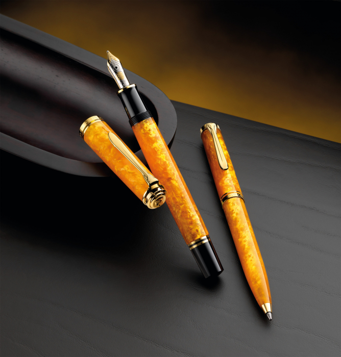 Stilou Souveran M600 Vibrant Orange Pelikan 1