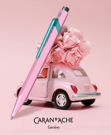 849 Le Claim Your Style NO.2 HIBISCUS Pink BT Caran d'Ache [1]