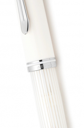 Stilou Souveran M605 White-Transparent Pelikan5