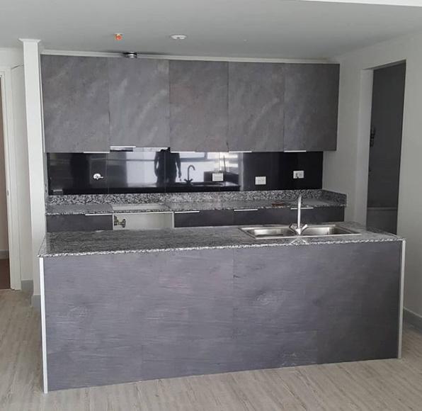 Ocean Black 61 x 122 cm 9