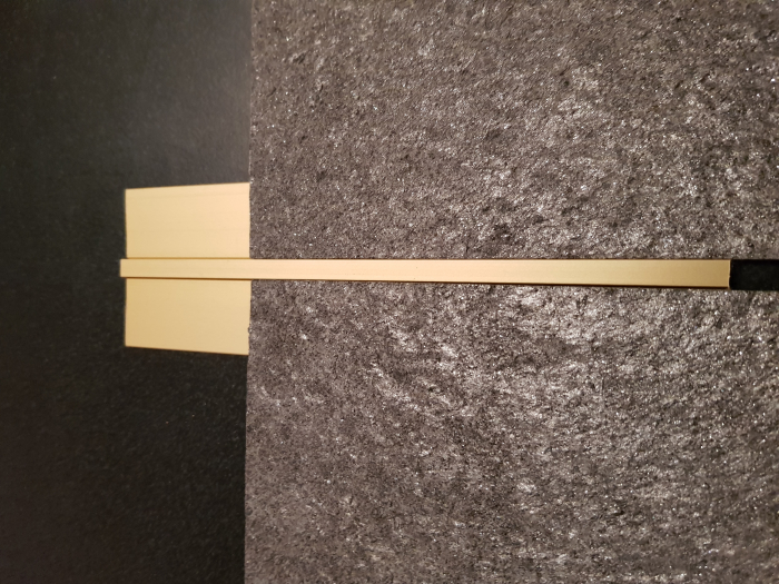 Profil metalic GOLD pentru delimitare 2,7 ml 6