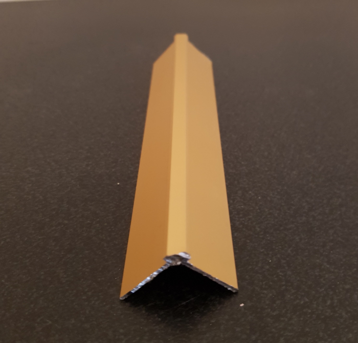 Profil metalic GOLD pentru colt exterior patrat 2,7 ml 0