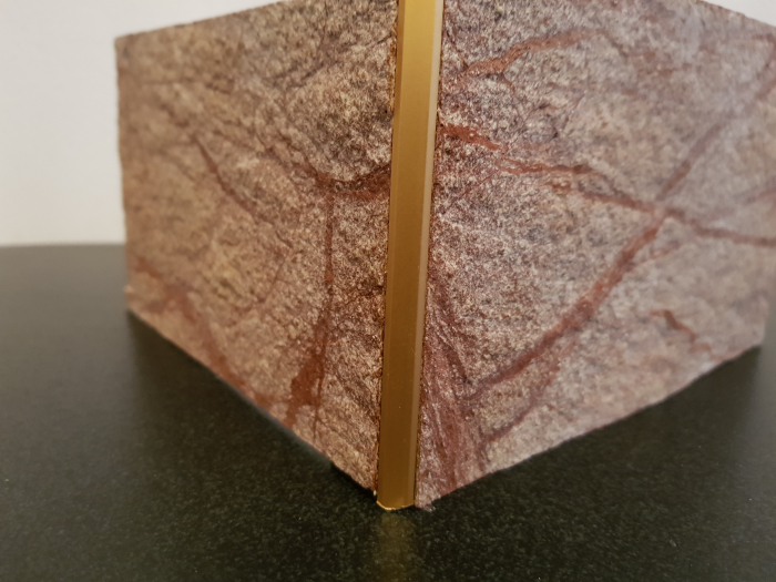 Profil metalic GOLD pentru colt exterior patrat 2,7 ml 4