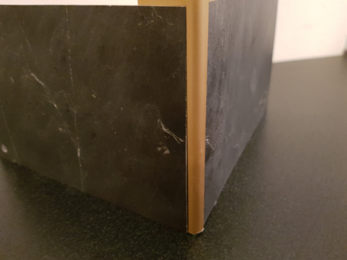 Profil metalic GOLD pentru colt exterior rotund 2,7 ml 8