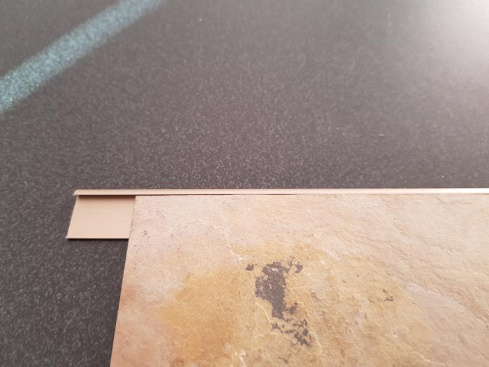 Profil metalic STEEL pentru finisare 2,5 ml 4