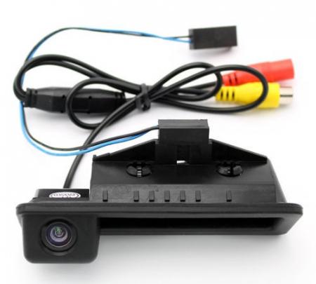 Camera marsarier BMW E39, E60, E90, E70 pe manerul de portbagaj - LS8003 [1]