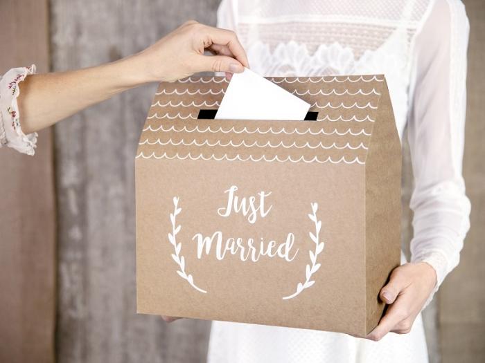 Casuta dar nunta model rustic- Just Married, kraft, 30x30.5x16.5cm 0
