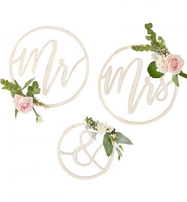 """Cercuri din lemn decor nunta """"Mr&Mrs"""" 1"""