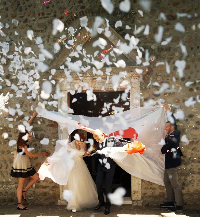 Confetti cannon inimioare albe, 40 cm 0