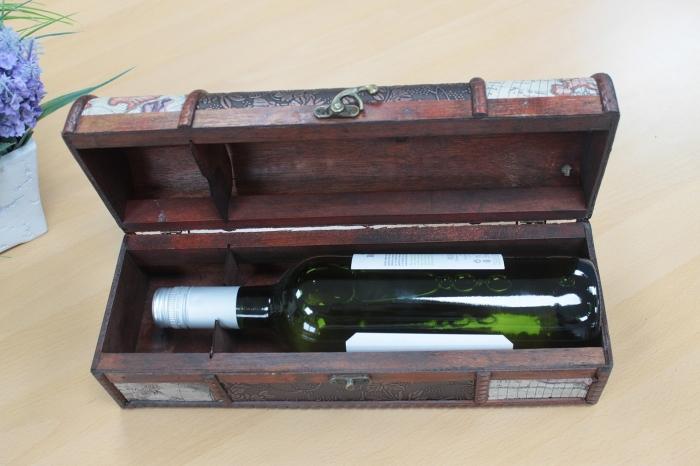 Cutie vin design antic (detalii harta) 5
