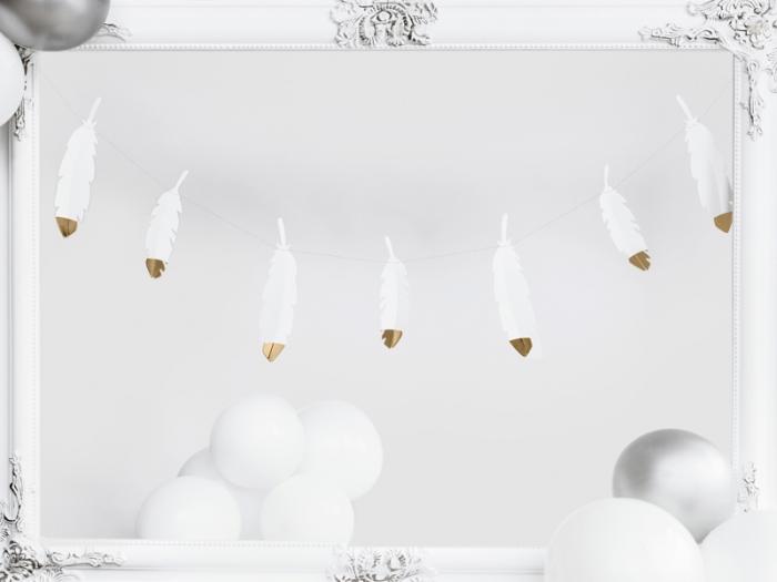 Ghirlanda pene albe cu capete metalice aurii, 1.6 m lungime 2