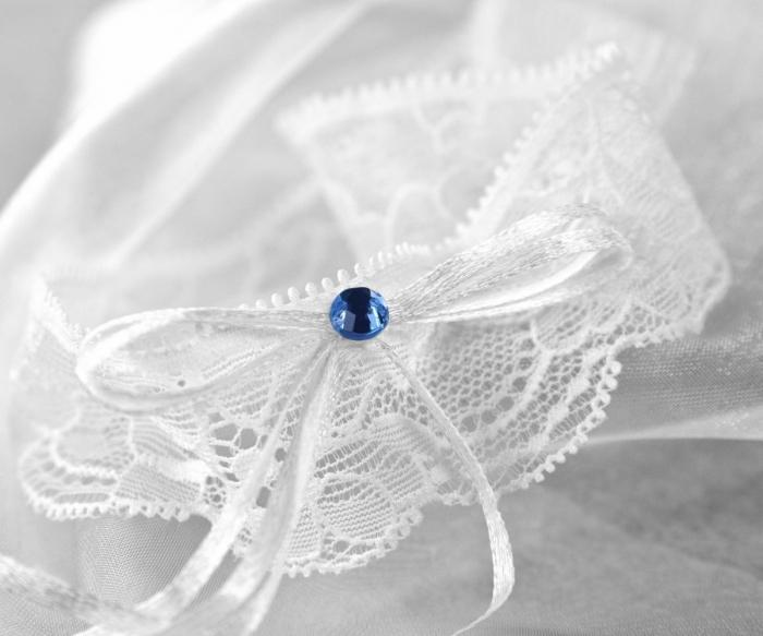 Jartiera dantela alba cu margeluta albastra 0