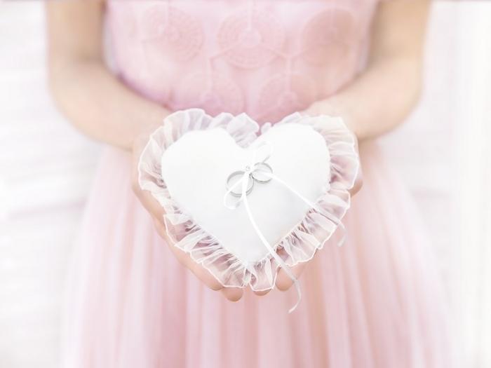 Pernuta verighete Heart, alba, 13x13cm 1