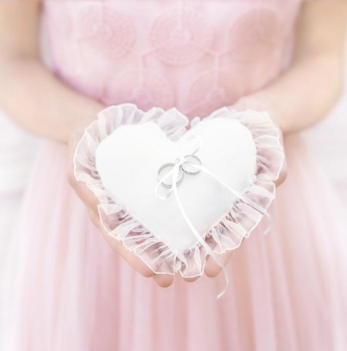 Pernuta verighete Heart, alba, 13x13cm 0