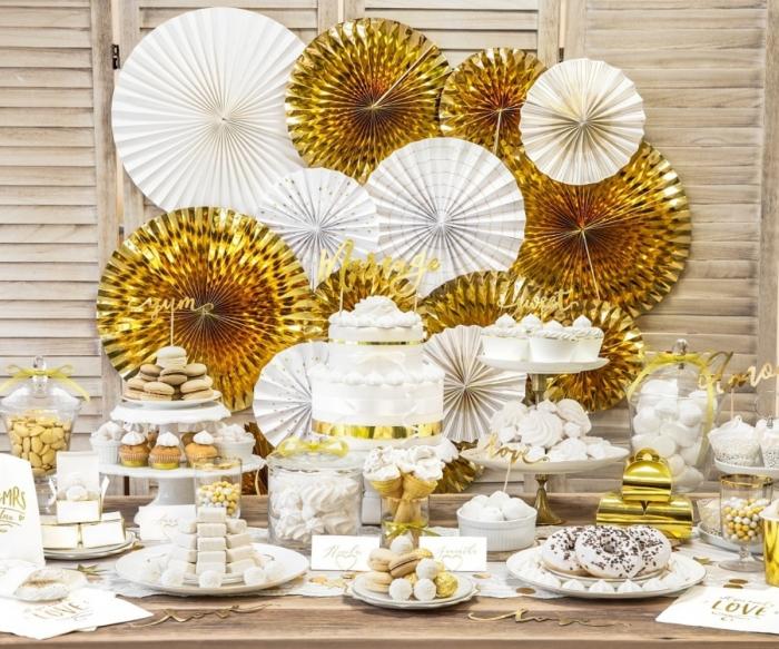 Rozete decorative aurii (1 pach / 3 pc.) 2