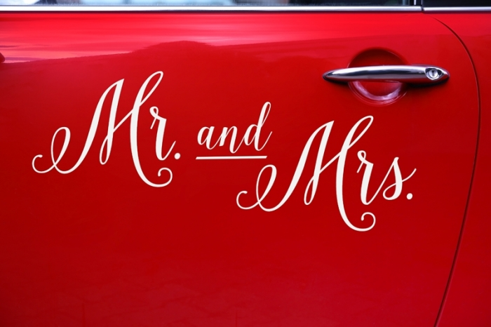 Wedding day sticker masina nunta - Mr. and Mrs. 2
