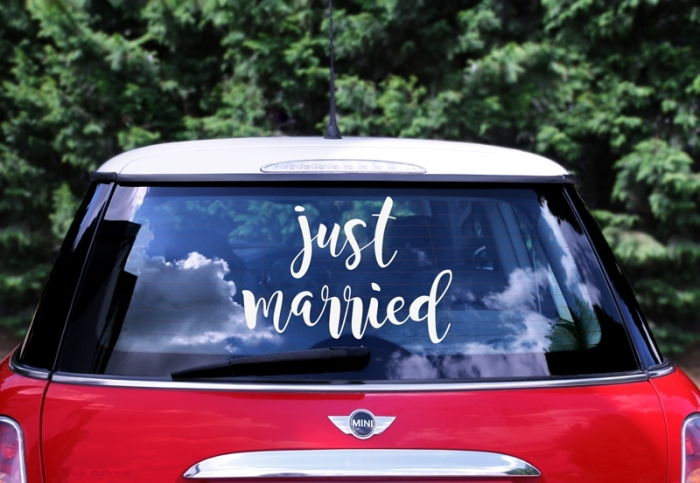 Wedding day sticker pentru masina nunta  - Just married, 33x45cm 0