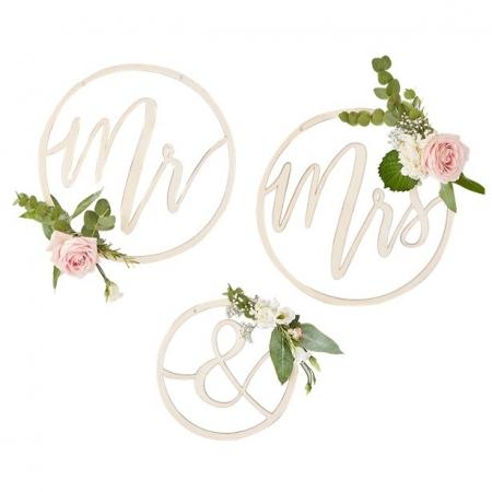Cercuri din lemn decor nunta Mr&Mrs2