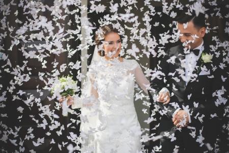 Confetti cannon cu fluturasi, alb, 40cm1