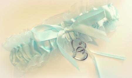 Jartiera sifon cu panglică bleu si pandativ inimioare1