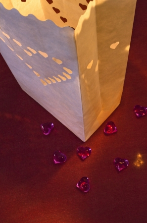 Set lampioane pentru lumanari, decupaj Inima decorativa, dimensiune 15x9x26 centimetri. (1 pach / 10 buc)4