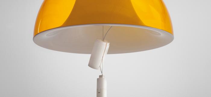 Lampa suspendata cu abajur din policarbonat L002S/BA 12