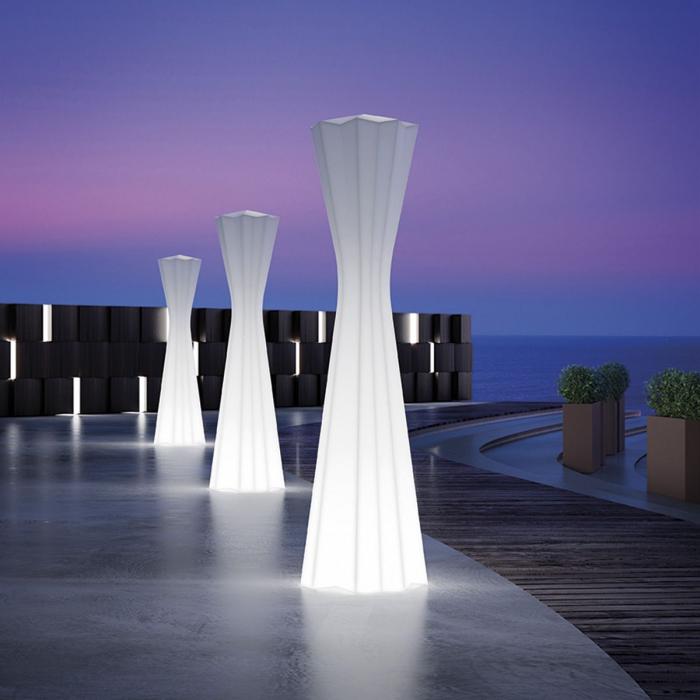 Lampi de podea din polietilena FROZEN LIGHT 0